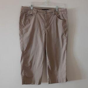 Bandolino size 16 pants